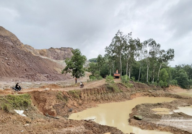 """Dự án """"Công viên nghĩa trang sinh thái Vĩnh Hằng"""" ở Nghệ An gặp nhiều khó khăn trong công tác đền bù giải phóng mặt bằng"""