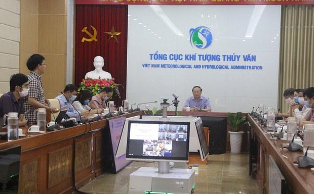 Việt Nam dự báo bão số 5 không chính xác